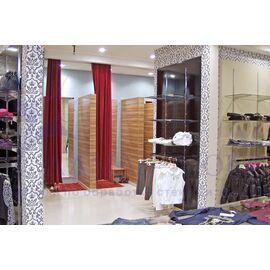 Зеркала в примерочные магазинов, в торговые центры в Минске и Беларуси